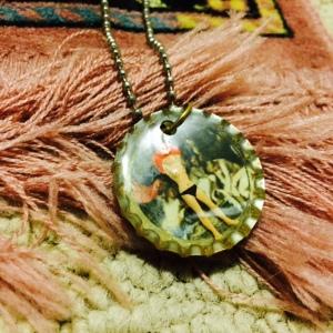 Nakid pendant